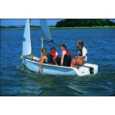 Ветроходна лодка Topaz Magno Club
